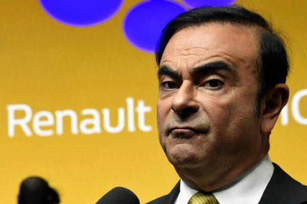 Caso Ghosn, Nissan fa causa all'ex presidente e chiede risarcimento 90 milioni di dollari