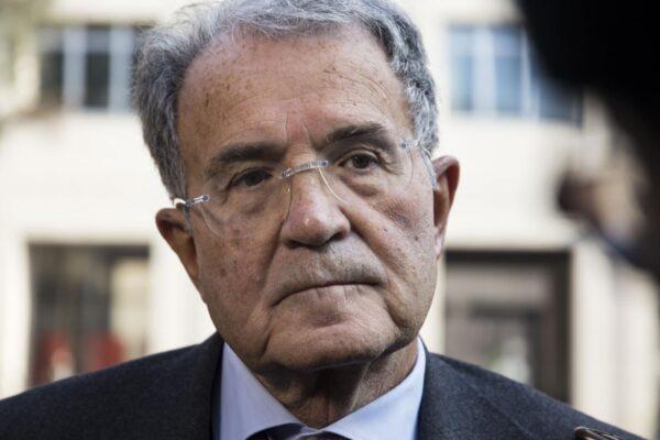 Travolto da auto mentre va in bici: muore pronipote di Romano Prodi