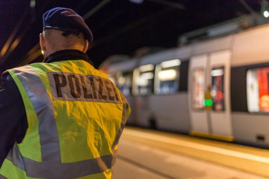 Stop alla frontiera: Austria blocca treno al Brennero e in Romania quarantena per chi arriva da Lombardia e Veneto