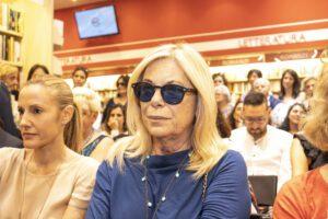 """Rita Dalla Chiesa contro Ischia: """"Viviamo bene anche senza andarci"""""""