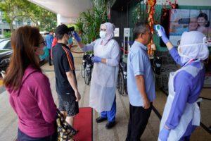 Coronavirus, 724 morti e 35.000 contagiati. Tensione Italia-Cina sul blocco voli