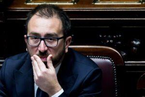 Decreto Bonafede sulle scarcerazioni finisce alla Consulta, giudice impugna il provvedimento