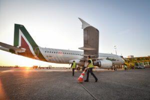 Alitalia nazionalizzata nell'emergenza Coronavirus, con quei soldi 7.500 posti di terapia intensiva