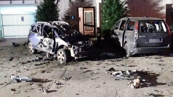 Ruvo di Puglia, bomba distrugge l'auto privata di un carabiniere
