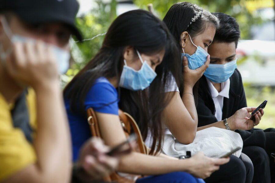 Coronavirus, prof vieta a studenti cinesi di presentarsi all'esame