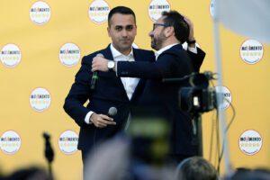 """Vitalizi, i 5 Stelle tornano in piazza. Di Maio difende riforma prescrizione: """"No a scorciatoie"""""""