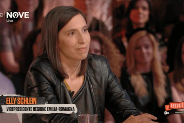 """Elly Schlein, il coming out in diretta: """"Sto con una ragazza e sono felice"""""""