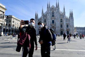 Mascherine e disinfettanti a prezzi folli, la Procura di Milano apre un'indagine