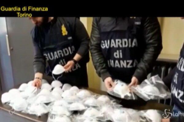 Gli sciacalli del coronavirus, mascherine-truffa vendute a 5mila euro: denunciati 22 imprenditori