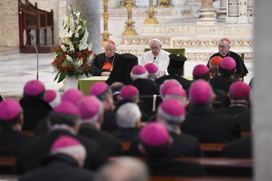 Foto Vatican Media/LaPresse23-02-2020 Bari – ItaliaCronacaVisita di Papa Francesco a BariNella foto: l'incontro con i VescoviDISTRIBUTION FREE OF CHARGE – NOT FOR SALE