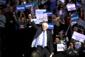 Super Tuesday, Sanders in testa ma Bloomberg sogna il sorpasso