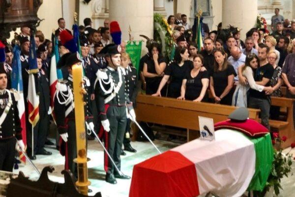 """Carabiniere ucciso da un ubriaco al volante, la figlia: """"Papà ucciso due volte, chiediamo giustizia"""""""