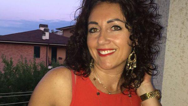La morte di Simona Viceconte, ipotesi maltrattamenti dietro il suicidio: indagato il marito