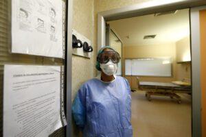 Coronavirus, ricoverata addetta dell'albergo della coppia cinese contagiata