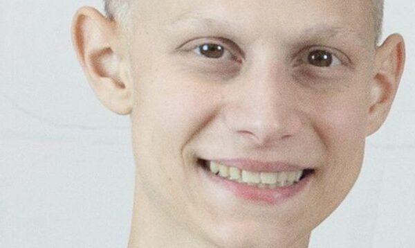 """Morto Steven Babbi stroncato dal tumore: """"In suo onore faremo cambiare la legge dello stipendio dopo i 180 giorni di malattia"""""""