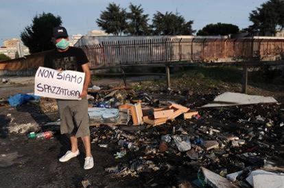 """Coronavirus, Scampia reagisce con il crowdfunding: """"L'emergenza esaspera l'esclusione sociale"""""""