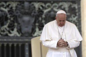 """Papa Francesco sul Coronavirus: """"Ritroviamo la bellezza delle piccole cose e questi giorni non saranno sprecati"""""""