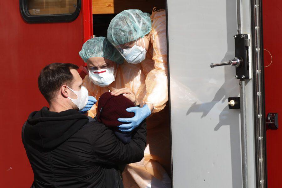 Emergenza Coronavirus non terminerà il 3 aprile, senza vaccino non ne usciremo