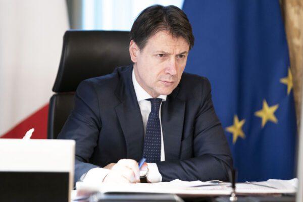 """Zone rosse in Lombardia, Conte: """"La Regione poteva adottare misure più stringenti"""""""