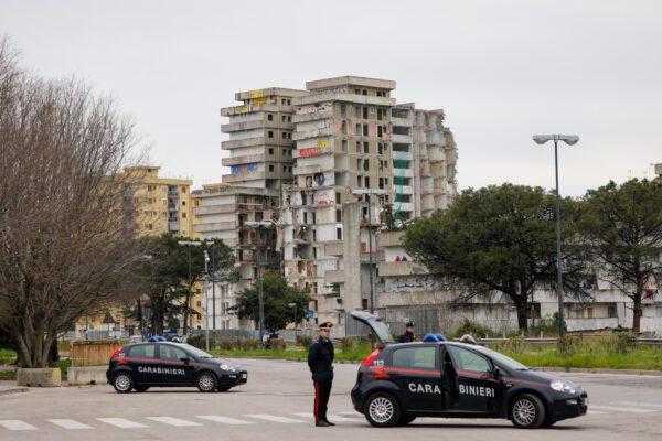 Bergamo centro emergenza sanitaria, Napoli di quella sociale