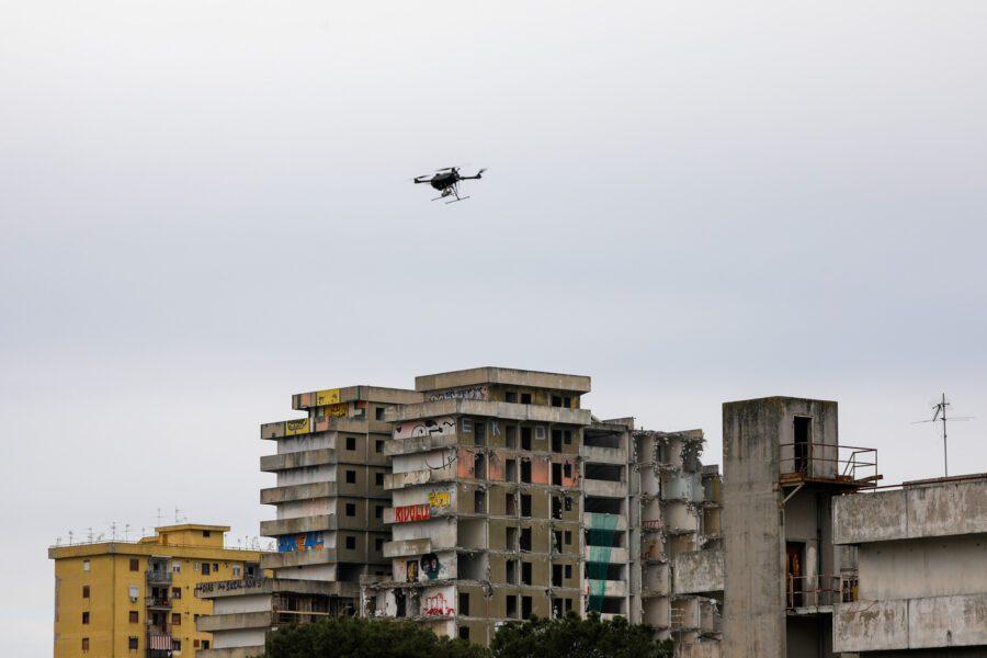"""La Gala: """"Controlleremo le città anche con i droni"""""""