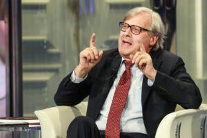 """Vittorio Sgarbi: """"Bonafede contro legge, se un detenuto muore di Covid dovrà rispondere di omicidio"""""""