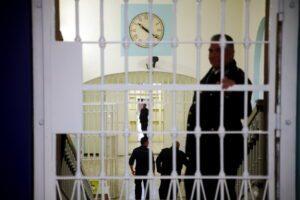 """L'accusa del Garante dei detenuti campano: """"Sulle carceri troppe polemiche e parole senza senso"""""""