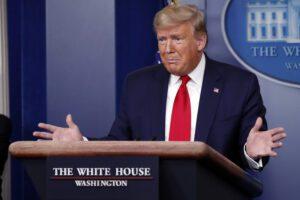 """Trump taglia i fondi all'Oms: """"Ha insabbiato la diffusione del Coronavirus"""""""