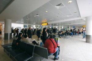 """Coronavirus, il dramma dei lavoratori stagionali aeroportuali: """"Non siamo nessuno per il Governo"""""""