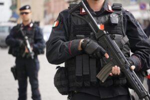 Vicenda Ugo Russo ci insegna che armi a tutti non portano sicurezza ma follia