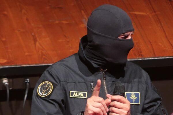 Il Comandante Alfa e la lettera che invoca il golpe contro il Governo