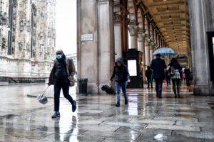 Coronavirus, 27 morti in un giorno in Italia: il più anziano aveva oltre 100 anni