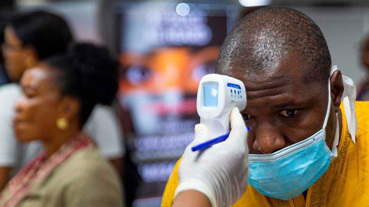 Coronavirus, il contagio è globale: prima vittima anche in Africa