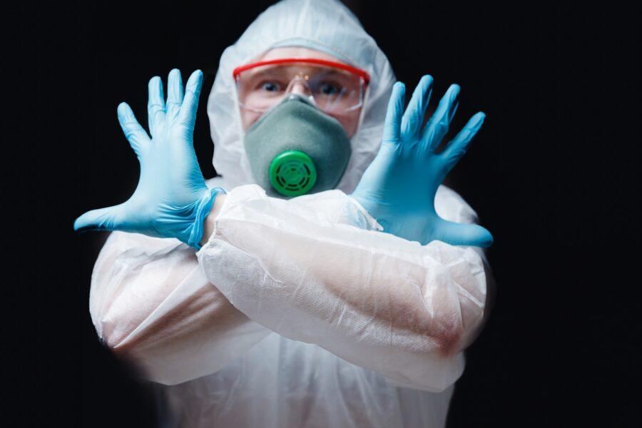 Coronavirus, l'Italia spera: contagi più che dimezzati e record di guariti