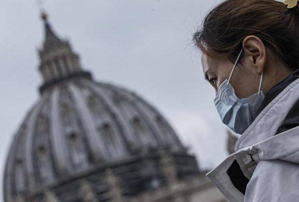 Coronavirus: primo caso in Vaticano, in toscana contagiata bimba di 45 giorni