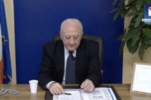 """Coronavirus, De Luca: """"Campania rischia migliaia di morti, dal Governo solo 5 ventilatori"""""""