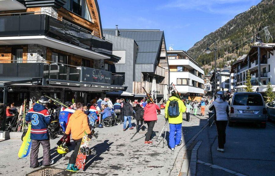 Come il paradiso degli sciatori è diventato 'focolaio' del contagio di Coronavirus in Europa