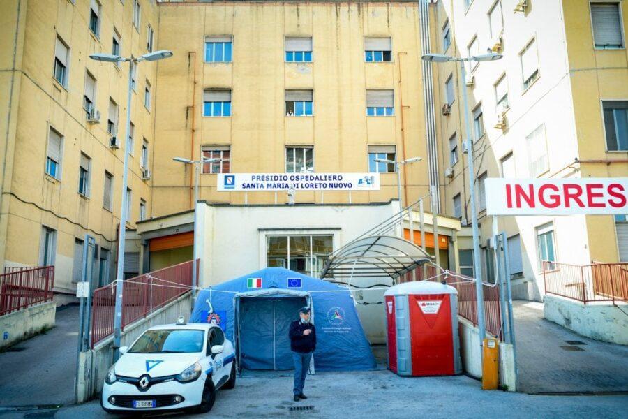 """Coronavirus, la richiesta dei tre medici napoletani: """"Vogliamo stare in trincea"""""""
