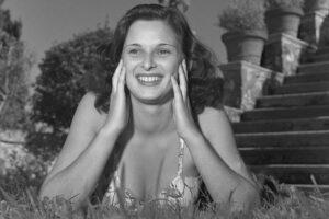 Muore Lucia Bosè, l'attrice icona del cinema italiano tra le vittime del coronavirus