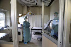 """Laurea in Medicina subito abilitante per fronteggiare il Coronavirus: """"Così 10mila medici per la sanità"""""""