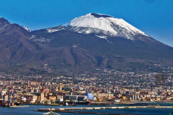 Torna l'inverno in Campania, allerta meteo per gelate e neve a bassa quota