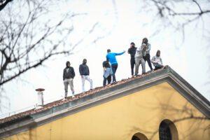 Carceri, Nessuno tocchi Caino lancia appello alla non violenza