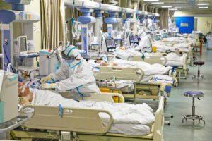 Coronavirus, kit rapidi per il personale sanitario: test a Salerno e Napoli