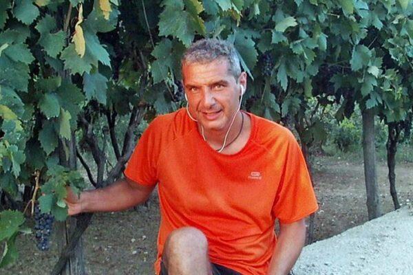 Aeronautica in lutto, la tragedia di Mario morto a soli 56 anni per Covid
