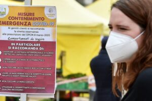 Daily life in Turin during the COVID-19 Coronavirus pandemic emergency, Italy, 19 April 2020. ANSA/ALESSANDRO DI MARCO