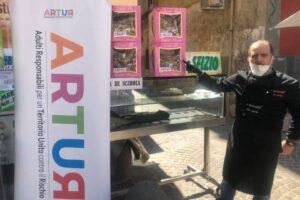 Coronavirus, a Napoli la 'campana solidale' per sostenere l'ospedale Loreto Mare