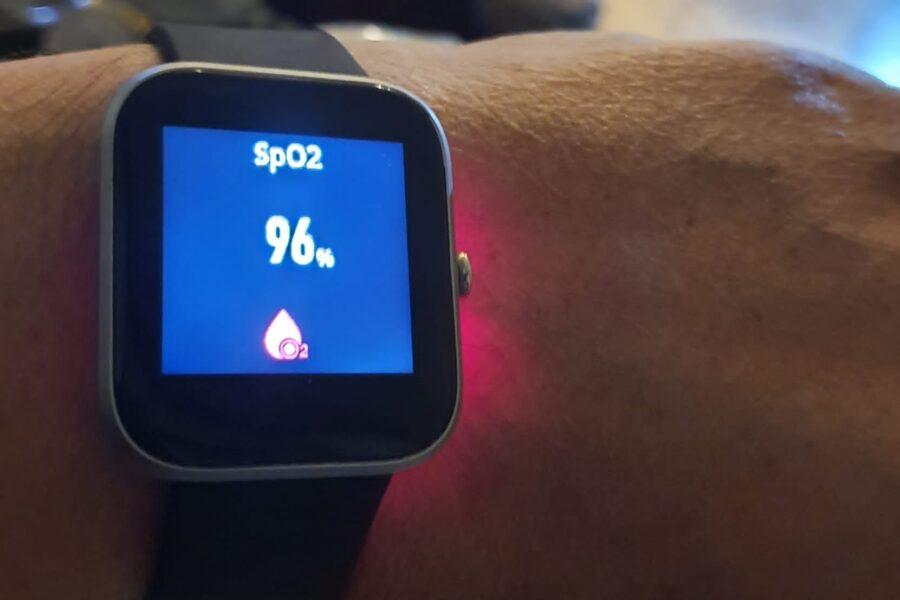 Covid 19, il Pascale assiste i pazienti a casa attraverso un orologio