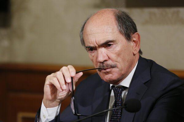Il paradosso di Cafiero De Raho: lo Stato deve intervenire perché è il suo compito non per impedire un crimine