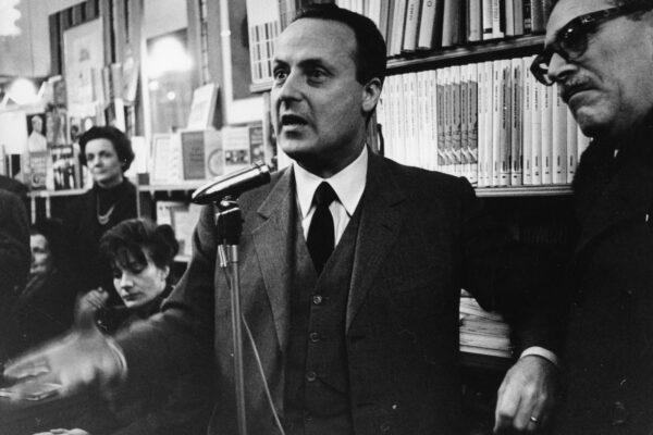Chi è Giorgio Bassani, lo scrittore antifascista del giardino dei Finzi Contini