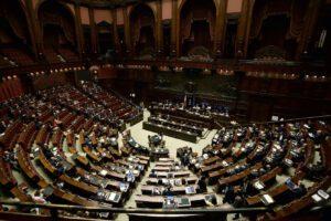 Emergenza Covid, che fine hanno fatto i parlamentari campani?